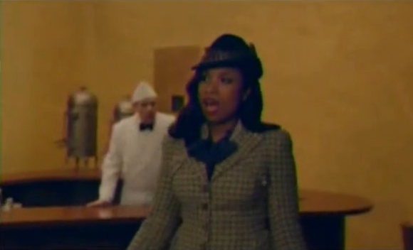 American Family Insurance TV spot with Jennifer Hudson.